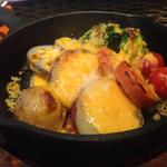 窯焼き!根菜のチーズソース