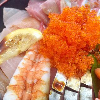 海鮮丼(さかなや かんまち商店)