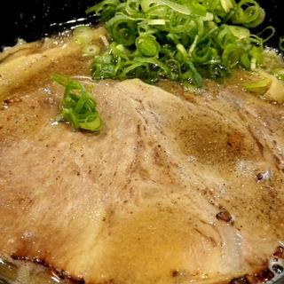 にぼし鶏白湯ラーメン「にぼとり」(キラメキノトリ)