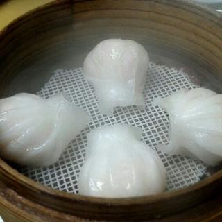 海老蒸し餃子(臥龍坊 (ウォロンファン))