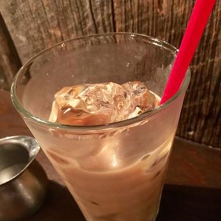 カフェオレ(アイス)(ムーン ファクトリー コーヒー (MOON FACTORY COFFEE))
