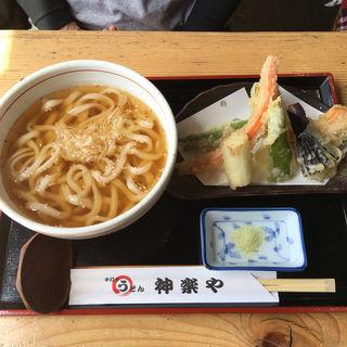 野菜の天ぷらうどん(神楽や (かぐらや))