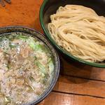 油カスの塩つけ麺