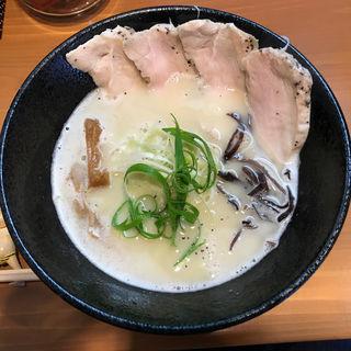 鶏白湯 塩ラーメン 鶏レア(麺屋 一刃)