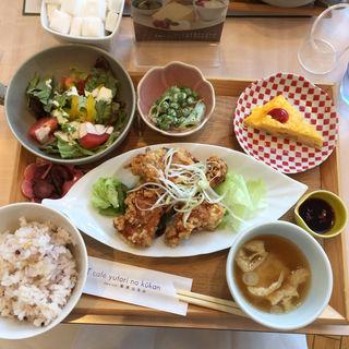 今月のオススメランチ(カフェ ゆとりの空間 日比谷シャンテ店)