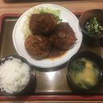 名物コロッケ定食(佐海たちばな )
