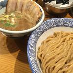 濃厚肉入つけ麺(胚芽麺)