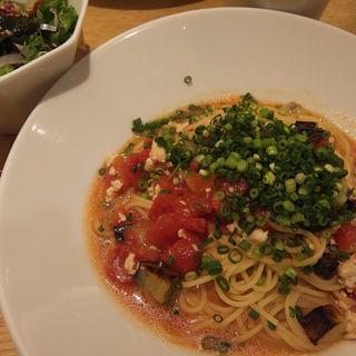 鶏そぼろとナスの味噌トマト(こなな ルミネ立川店 )
