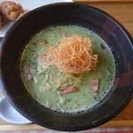 枝豆とほうれん草のポタージュ麺