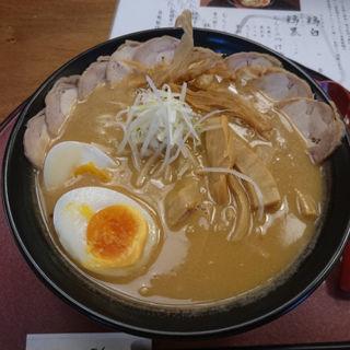 鶏黒 しょうゆ+全部のせ(祇園麺処むらじ)