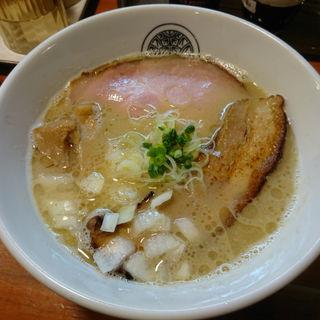 ニボ鶏白湯らぁ麺(らぁ麺 とうひち )