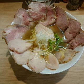 サバの薄口醤油鶏そばチャーシュー増し(鶏谷 (トリタニ))
