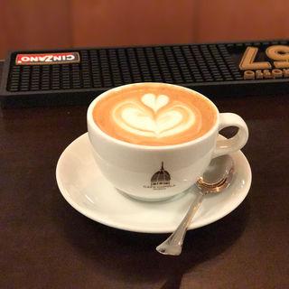 カプチーノ(CAFE CUPOLA mejiro)