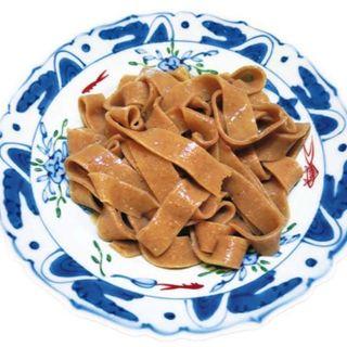 粗挽き全粒粉のおびうどんを豆乳クリーム出汁で (さぬきや )