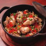 鉄鍋で炊き上げる牡蠣の炊込みごはん(2人前)