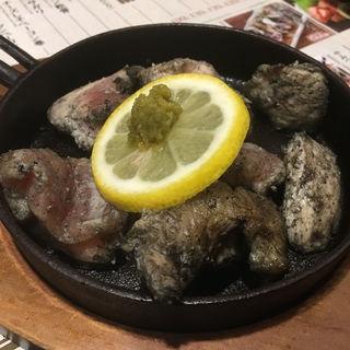 鶏の生炭火焼き(博多一番どり 居食家あらい 空港東店 )
