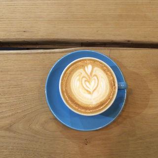 カフェラテ(lightupcoffee)