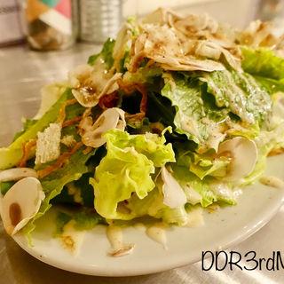 マッシュルームとロメインレタスのシーザーサラダ(No.18ダイニングバー (No.18 DINING&BAR))