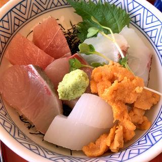 海鮮丼(レストラン 風月)