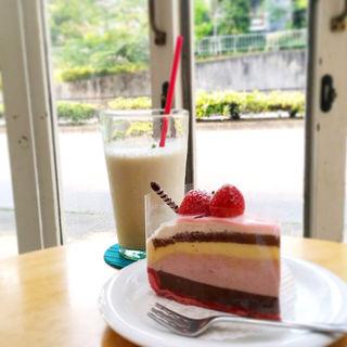 いちごみるく生チョコタルト(セカンドハウス 銀閣寺店 (SECOND HOUSE))