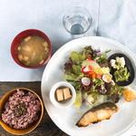 銀ダラ西京焼き定食