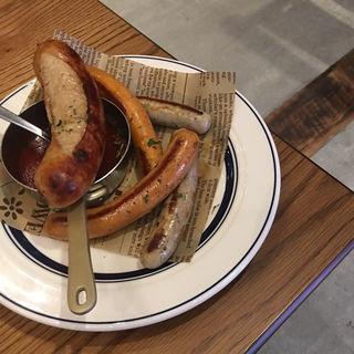 ソーセージ盛り合わせ(肉が旨いカフェ NICK STOCK 名古屋駅前店)