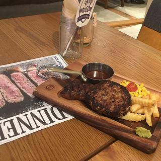 熟成牛ハンバーグ&ステーキ(肉が旨いカフェ NICK STOCK 名古屋駅前店)