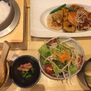 鶏と野菜の健康黒酢あんかけ定食(一汁五穀 広島店 (いっとごこく))