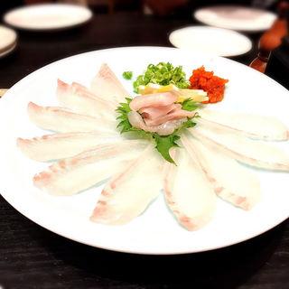 ひらめの薄造り(SUSHI IZAKAYA DINING 心-shinn-)