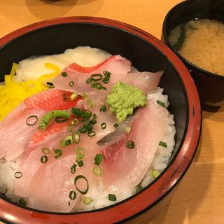 二色丼(旬 あっぱれ 新宿店 )