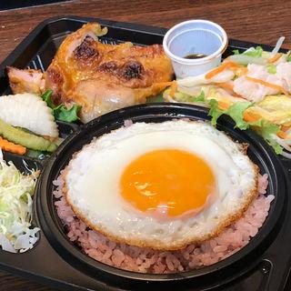 鶏肉のはちみつ風味弁当(バインセオサイゴン 有楽町店)