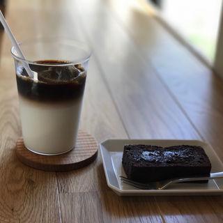 デミタスミルク(アイス)(ビブコーヒー (bibcoffee))