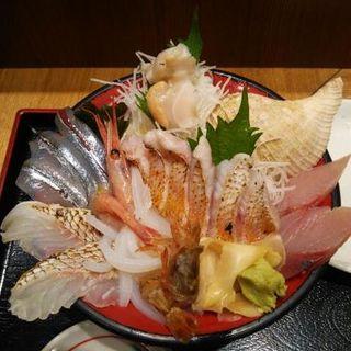 のど黒と日本海の魚達(魚菜屋 )