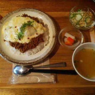 キーマカレーランチ大盛り(チーズのせ)(アオヤギ食堂 )