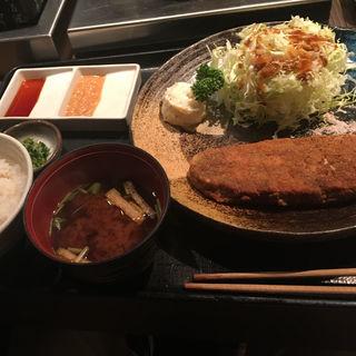 牛かつ・麦めしセット(牛かつ もと村 新橋店 )