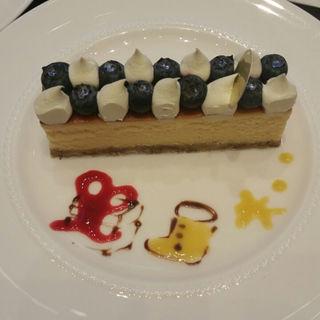 ブルーベリーのチーズケーキ(ザ・ラウンジ (THE LOUNGE))