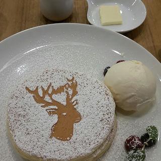 鹿ちゃんパンケーキ(アトリエ カフェ キラリト ギンザ (ATELIER CAFE))