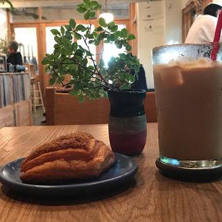 アイスラテ(パドラーズコーヒー 西原本店 (PADDLERS COFFEE))