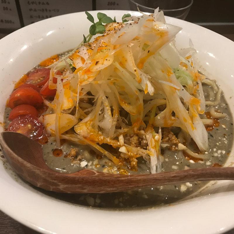 冷やし黒胡麻味噌担々麺