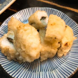 ハモの天ぷら梅肉挟み(大衆料理 川治 )