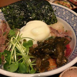 海鮮ばくだん丼(虎連坊 大手町店 (とられんぼう))