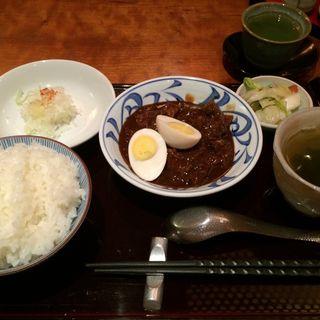 牛筋味噌煮込み定食(羅かん )