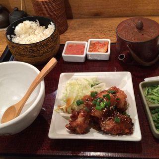 塩麹仕込の鶏の唐揚げ膳(八十八楽 大手町店 (こめらく))