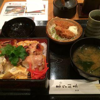 とろ〜り焼鳥親子重(魚菜 まほらま (まほらま))