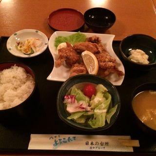 鶏唐揚げ定食(やるき茶屋 大手町2丁目店 (やるきじゃや))