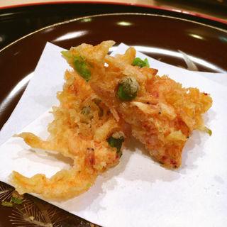 桜海老とえんどう豆のかき揚げ(山中湖 菜庭料理 尚起)