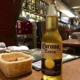 Corona Extra(オリーブ)