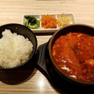 豚キノコスンドゥブセット(東京純豆腐 天神IMS店 (トウキョウスンドゥブ))