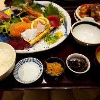ごちそう御膳(魚☆きんぐ (ウオキング))