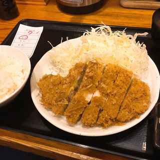 ロースかつ定食(立呑み とんかつ まるや 新橋店 )
